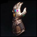 Перчатка Таноса.
