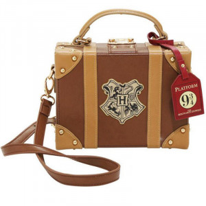 http://www.fabfable.ru/3440-16476-thickbox/harry-potter-hogwarts-backpack.jpg