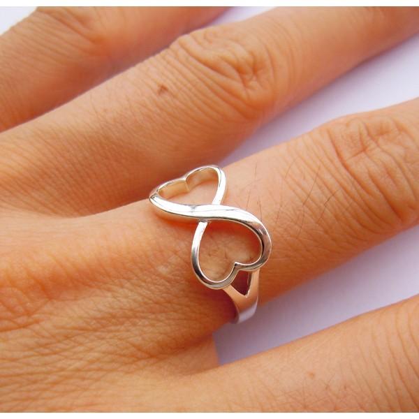 Кольца со знаком бесконечности тюмень